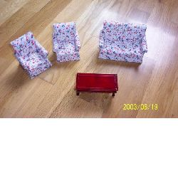 Mini doll furnitures